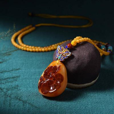 琥珀蜜蜡的寓意灵性作用是什么,琥珀蜜蜡含义寓意有哪些