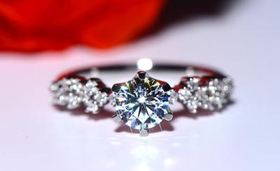 人造钻石和天然钻石的区别是什么,有哪些不一样?
