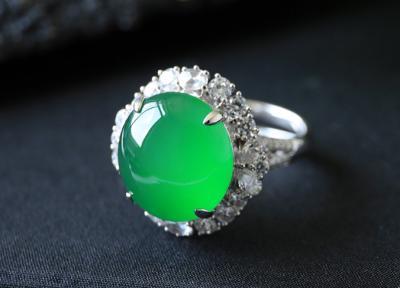 帝王绿翡翠和祖母绿区别是什么,不一样和不同点?