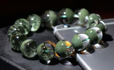 绿幽灵水晶和绿发晶的区别是什么,不一样不同点有哪些?