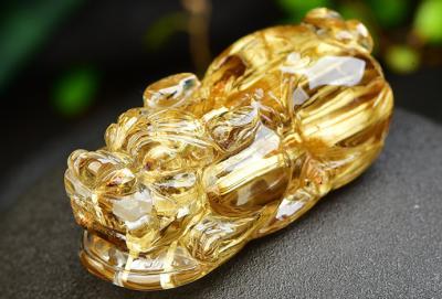 佩戴天然钛晶有什么好处和作用,戴钛晶的手链吊坠好处?