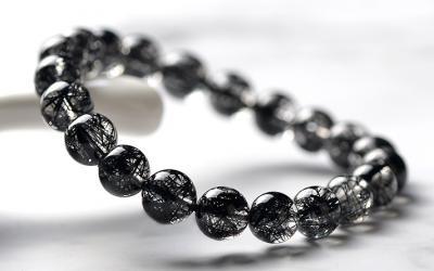 天然黑发晶品质好坏怎么看,怎么挑选鉴别黑发晶的质量?