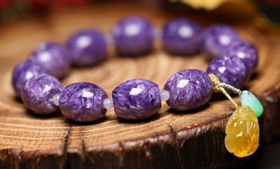 紫龙晶手链戴哪只手合适,佩戴有什么忌讳?
