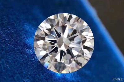 九克拉钻石有多大尺寸,9克拉钻石价格多少钱